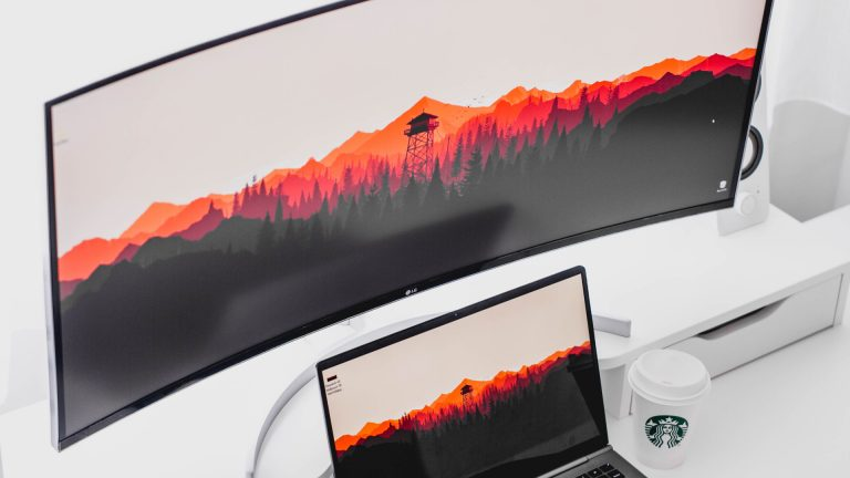 ultrawide monitor connected to laptop